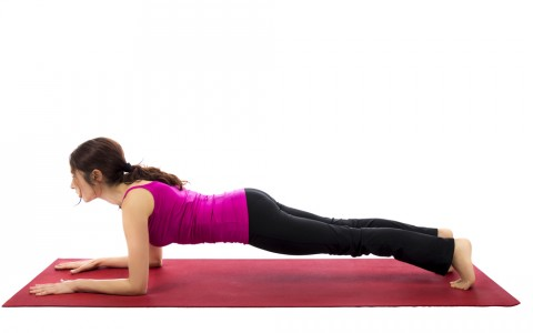 Ladies: tone your core with these simple moves